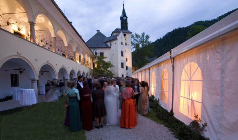 Hochzeit auf Schloss Waldstein